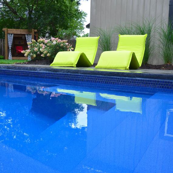 wading pool with cabana